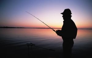 夏季夜钓必威体育直播客户端下载全攻略(选位、配饵、调漂)